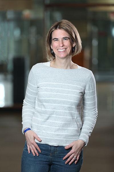Valerie Schneider